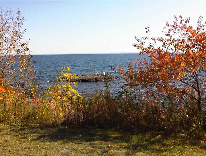 Lake-Superior-with-fall-colors